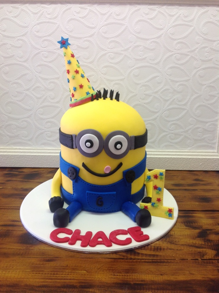 Minion character birthday cake